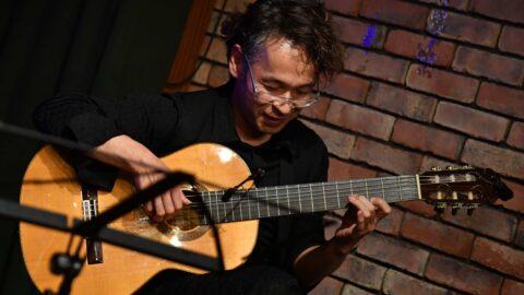 ケアギタリスト(ギター音楽療法士)認定資格取得講座~音楽療法知識とすぐ使えるギター演奏~